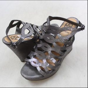Shoes - Daisy Fuentes silver wedge sandal